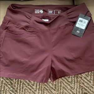 Mountain Hardwear size medium Dynama short